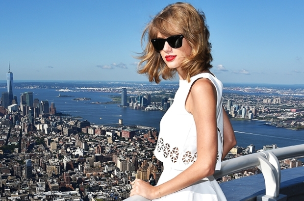 taylor-swift-new-york-2014-billboard-650